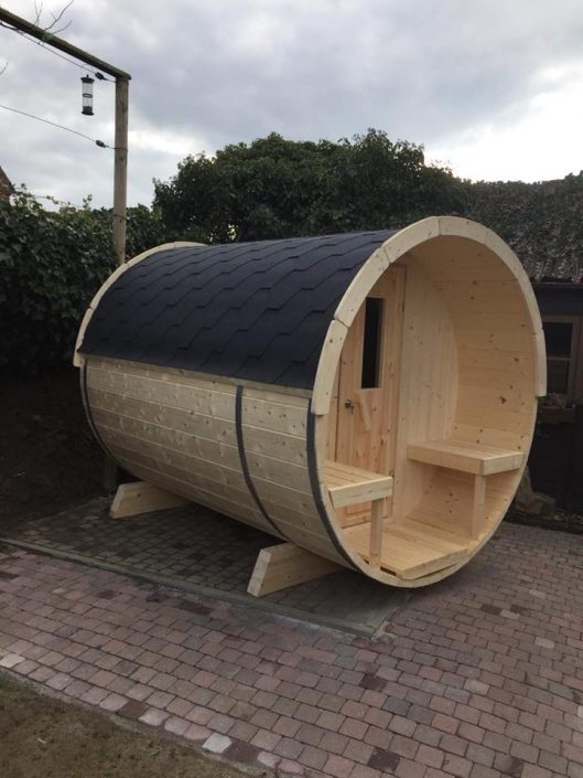 Barrel sauna in Riemst, België
